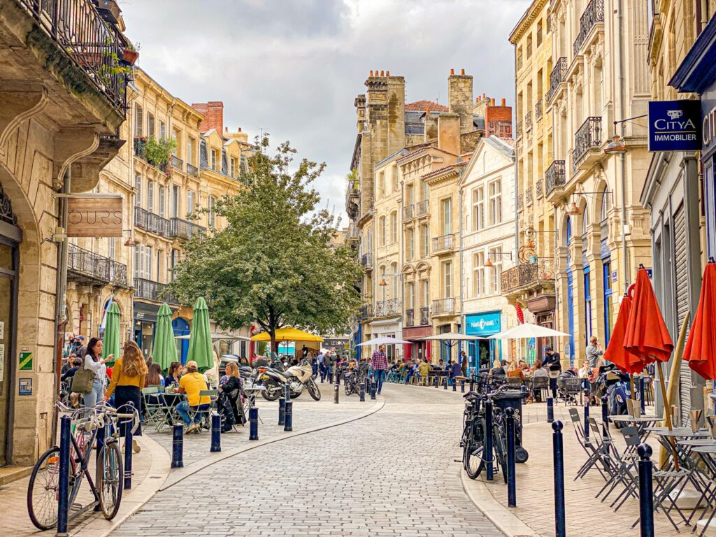 Street and restaurants of Bordeaux