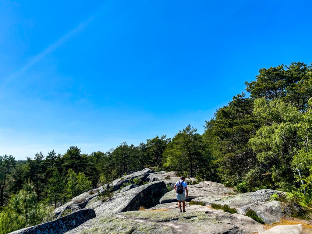 Hiking in Gorges de Franchard, Fontainebleau forest